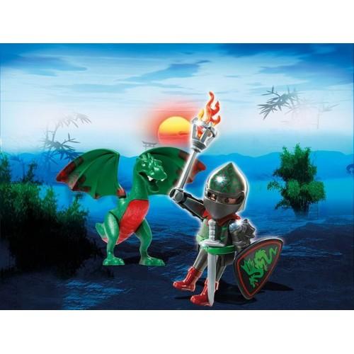 Se Ascunde O Surpriza In Pusculita-Ou!Curajosul Dragon Si Cavaler.