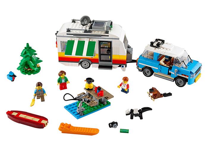 Vacanta in familie cu rulota lego creator - 2