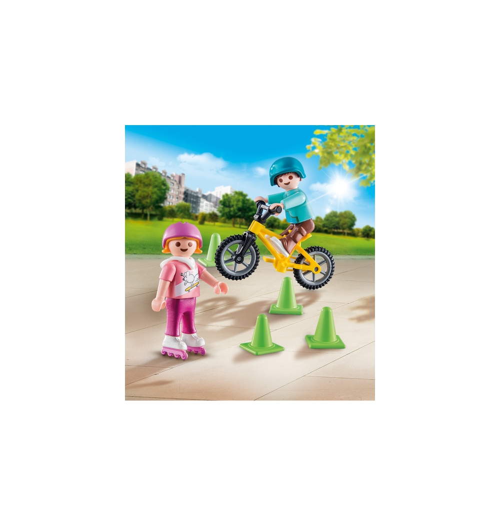 Figurina copii cu role si bicicleta playmobil - 1