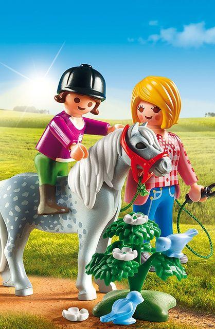 Plimbare cu poneiul playmobil country - 2