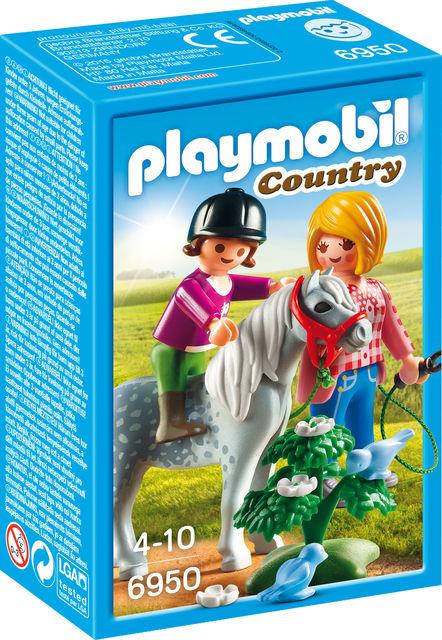Plimbare cu poneiul playmobil country